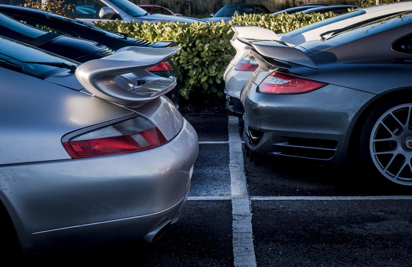 Porsche rear wings