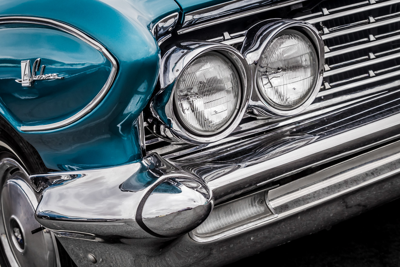 Chrome Buick Le Sabre front grill
