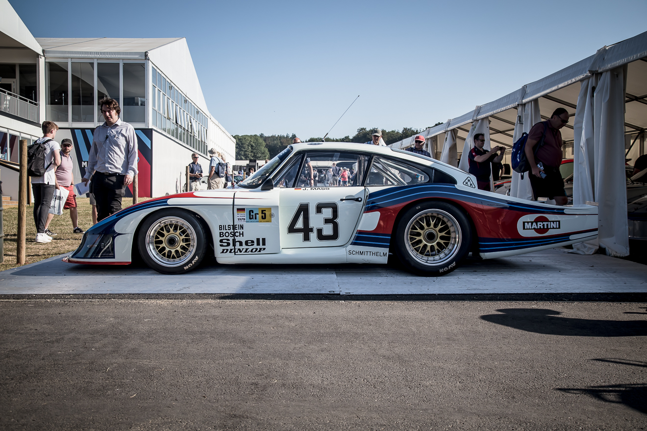 Porsche Moby Dick side profile